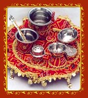 tastefully decorated puja thalis a decorated thali is a very important ...