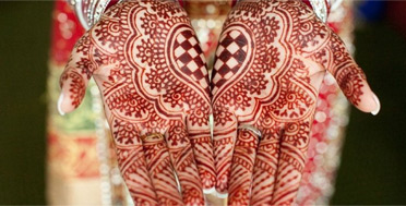 Tradition of Henna Mehendi